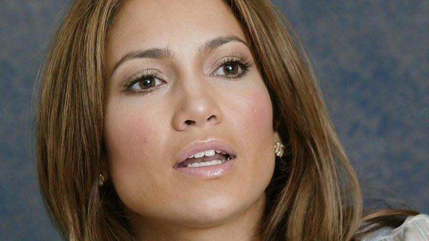 Jennifer Lopez'in sosyal medyada fena alay konusu oldu