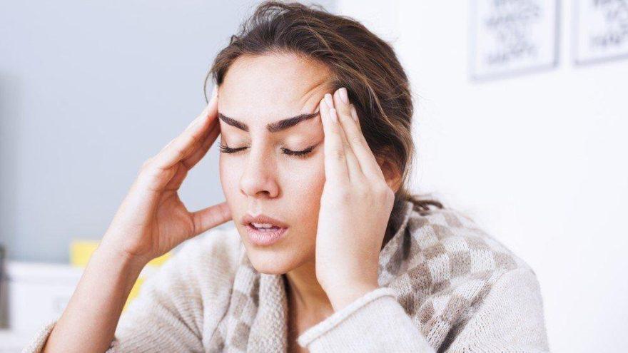 Baş ağrısı neden olur? Baş ağrısına ne iyi gelir?