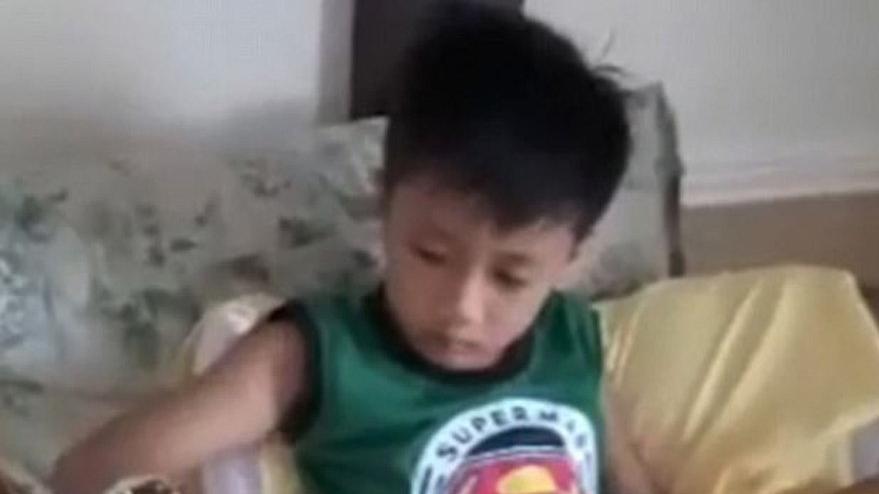 Her gün 9 saat bilgisayar oynayan çocuğa kalıcı tik geldi