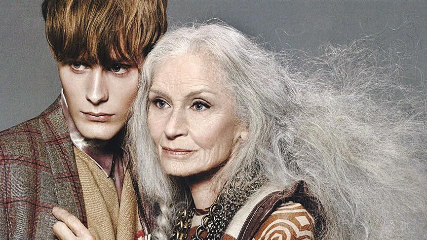 Dünyanın en yaşlı mankeni Daphne Selfe