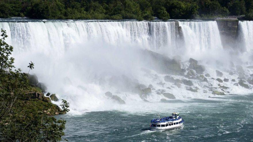 Kanada gezilecek yerler: Gölleri ve sıradağları ile Kanada gezi rehberi…