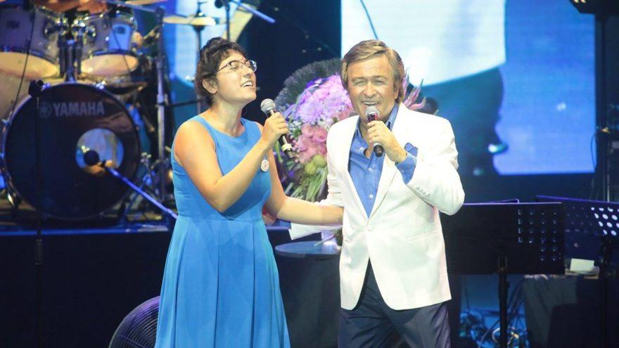 Erol Evgin ile Kalben aynı sahnede