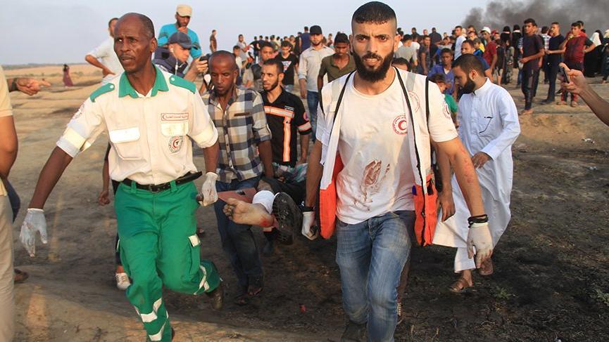 İsrail askerleri Gazze sınırında 52 Filistinliyi yaraladı