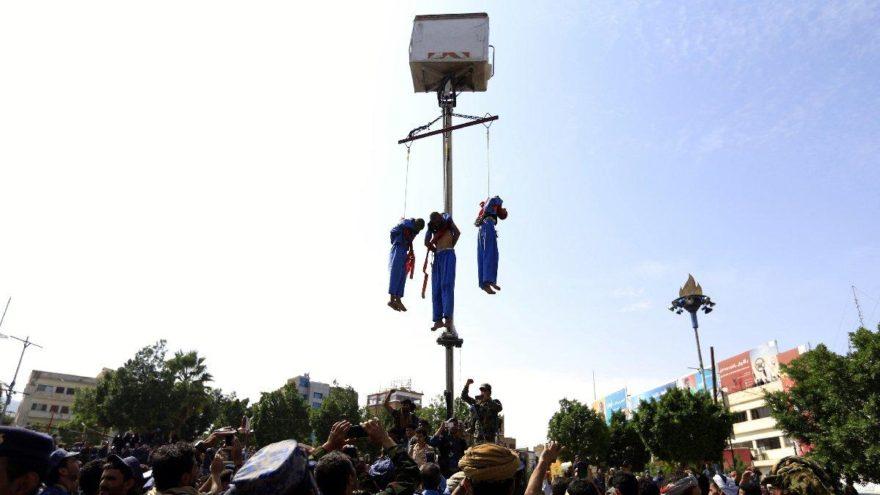 Sapıklara idam… Herkes cep telefonlarına sarıldı