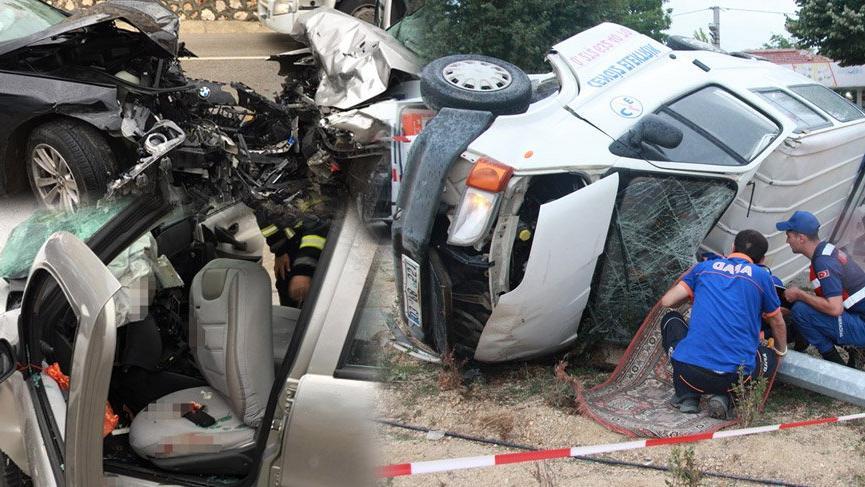 Afyonkarahisar'da bir saat arayla iki feci kaza meydana geldi