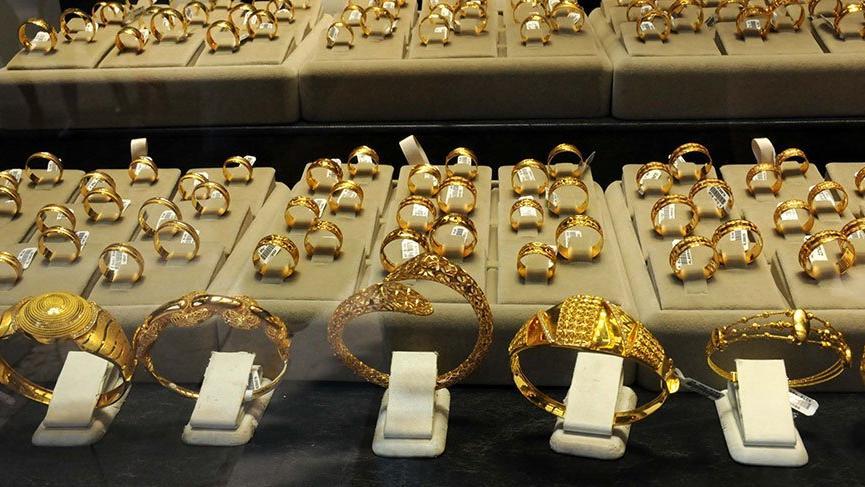 Adanalılar 3 gün içinde 1 ton altın bozdurdu