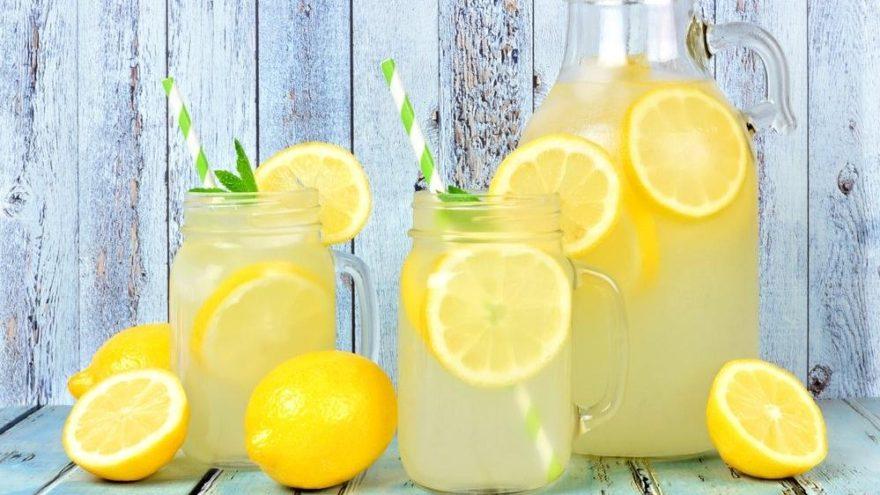 Sıcak havalarda serinleten 8 sağlıklı içecek
