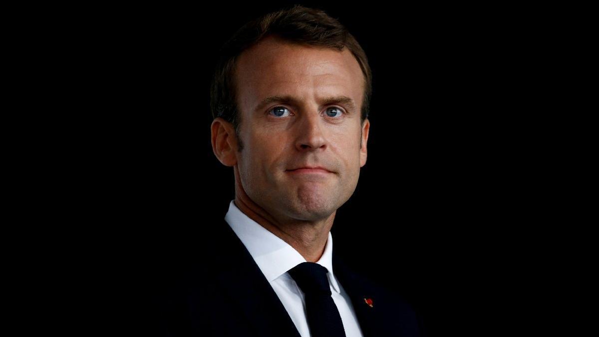 Koruma skandalı, istifalar derken Macron'a güven kalmadı