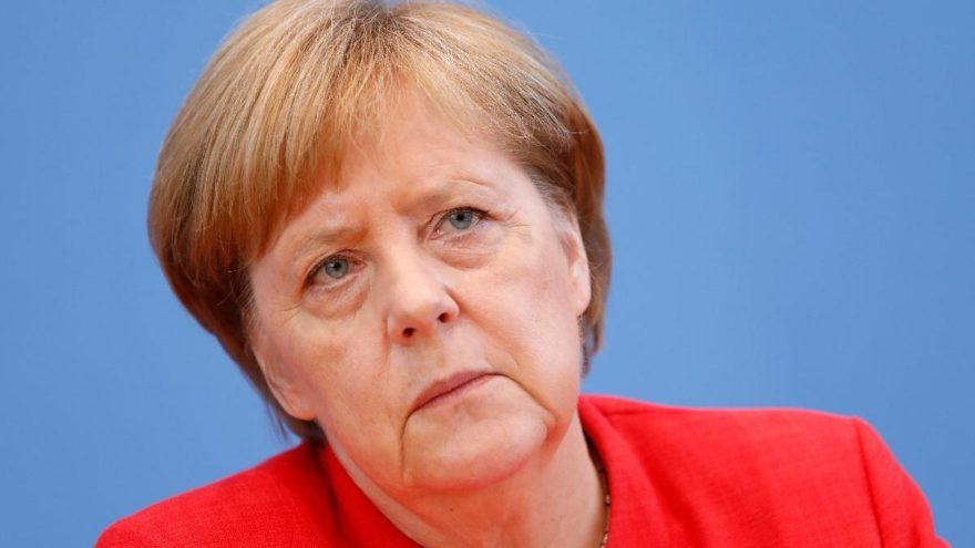 Merkel: Türkiye'nin yardıma ihtiyacı yok