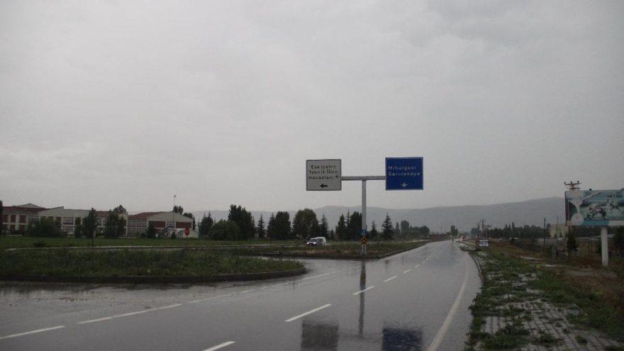 Eskişehir Teknik Üniversitesi'nin tabelası asıldı