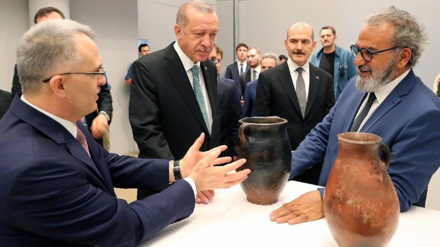 Erdoğan Baksı Müzesi´nigezdi