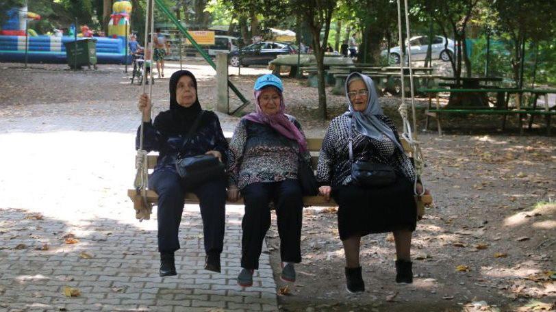 Sakarya'da yaşlılar için 'bravo' dedirten faaliyetler