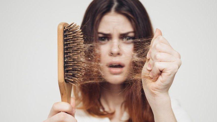 Saçlarımız nasıl daha parlak ve sağlıklı görünür? Saç sağlığı için merak edilenler…