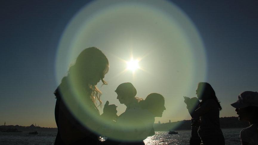 Sağanaklara mola... Öğlen saatlerınde güneşe dikkat! Meteoroloji'den son hava durumu haberleri...