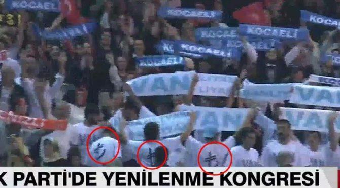 Türk Lirası'na tişörtlü destek