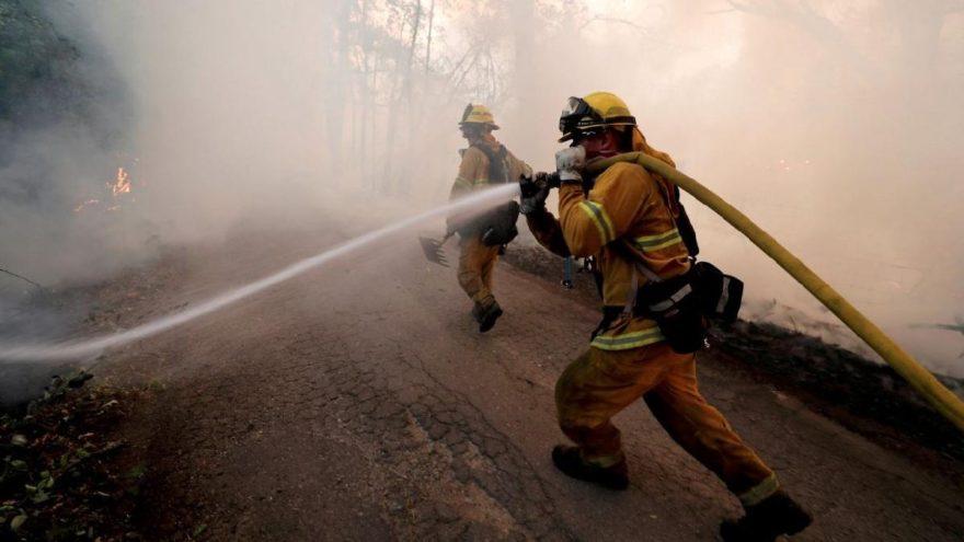 Trump yangının sorumlusunu buldu: Küresel ısınma değil…
