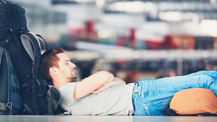 Uçakta huzurlu uyuyabilmek amaciyla tavsiyeler