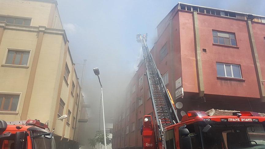 Zeytinburnu'nda yangın! Çok sayıda itfaiye ekibi müdahale ediyor