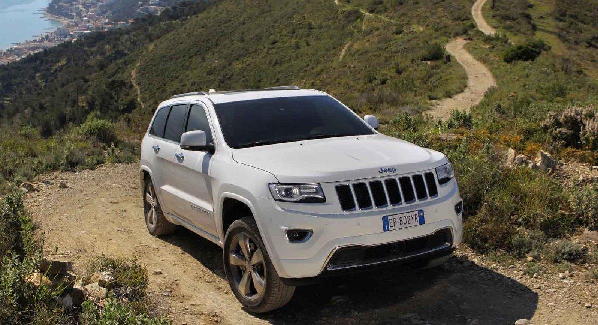 jeep-grand_cherokee_eu-version-2014-1600-04-kopya