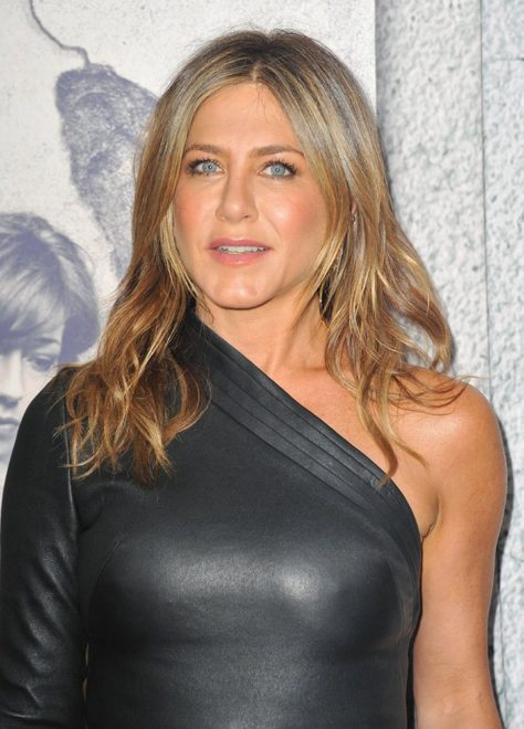 jennifer-aniston-depophotos