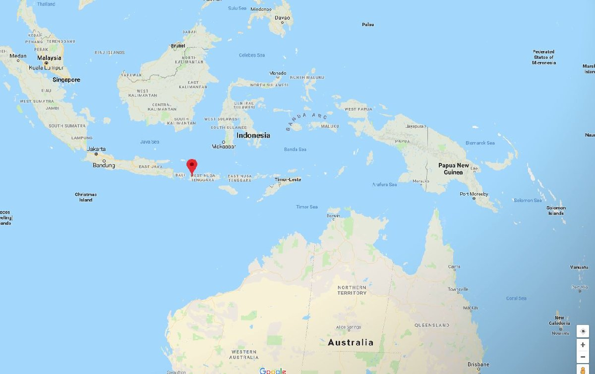 Avustralya açıklarında bulunan Lombok Adası'nın hemen yanında Bali bulunuyor.