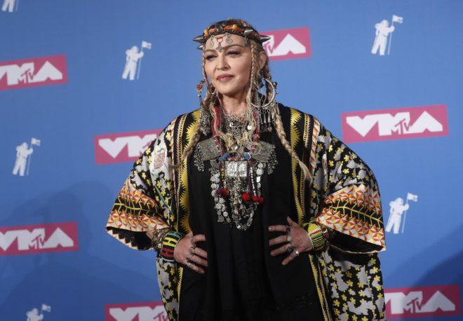 Madonna törene katılan yıldız isimler arasındaydı.