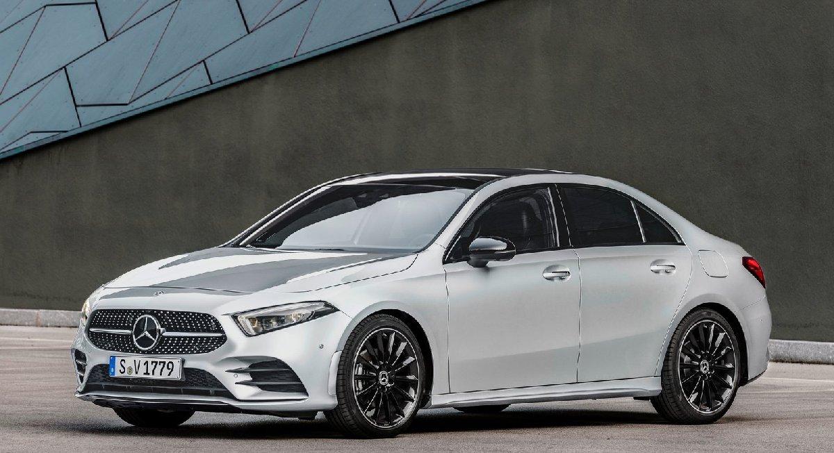 mercedes-benz-a-class_sedan-2019-1600-02-kopya