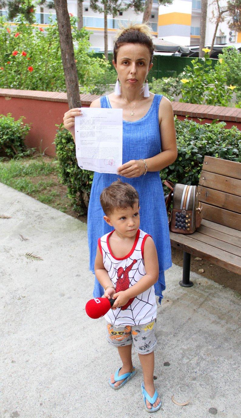 Şehit eşi icra dairesinden gelen ihbar mektubuyla şok oldu. DHA