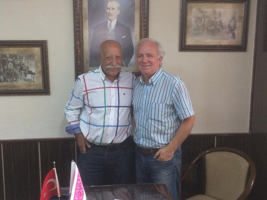 Kapalıçarşı Esnaflar Derneği Başkanı Hasan Fırat, Yüksel Şengül'e konuştu.
