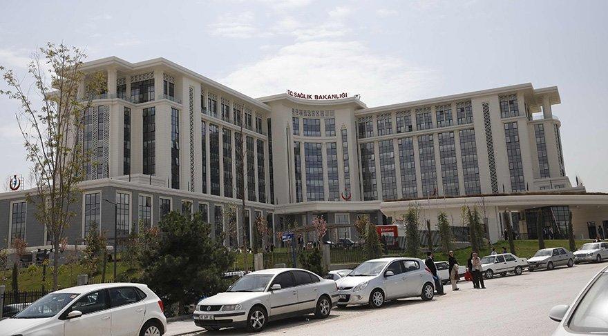 bakanlık otel binasına taşındı Bakanlığın yeni binası Ankara'nın gözde semti Bilkent'te. Bina, otel olarak planlanıp inşa edilmiş.