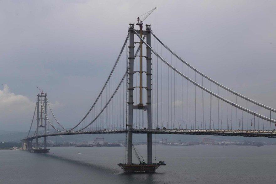 Osmangazi Köprüsü 2016'da açıldı.