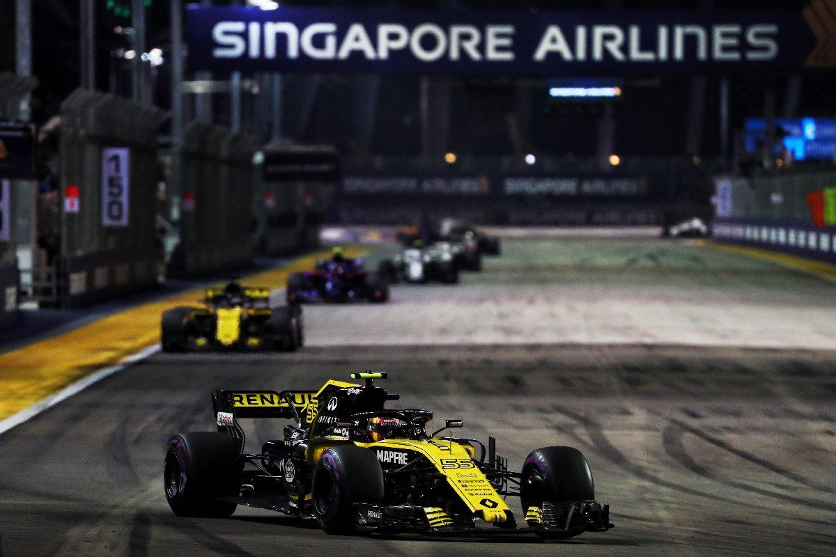 1537186584_21215565_formula_1_singapore_grand_prix_2018