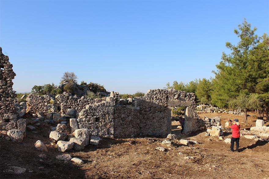FOTO: DHA - 2 bin 200 yıllık tarihe sahip Lyrboton Kome Antik Kenti, 4 yıllık çalışmanın sonunda ziyarete açıldı.