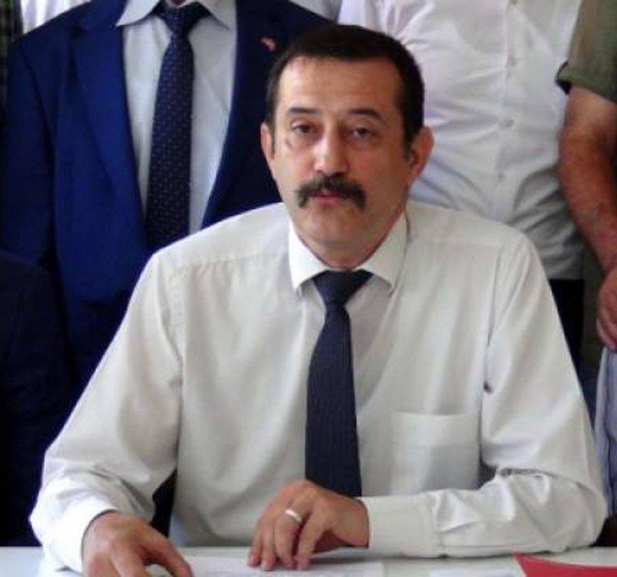 MHP Çanakkale İl Başkanı Hakan Pınar, rektörü sert sözlerle eleştirdi.
