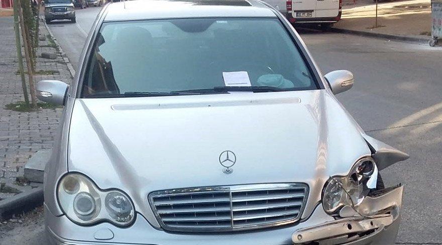 Kazadan sonra lüks araç bu hale gelmişti. DHA