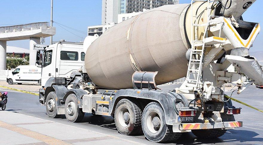 Kazanın ardından beton mikserinin sürücüsü gözaltına alındı. foto