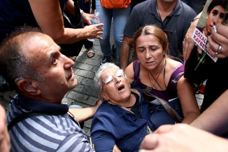 Cumartesi Annesi Hanife Yıldız fenalık geçirdi. Foto:DHA