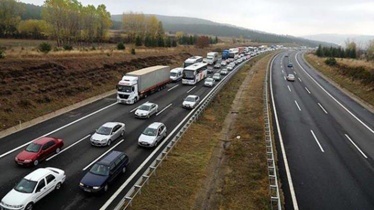 TEM Otoyolu Şekerpınar-Gebze arası 1 ay trafiğe kapanıyor
