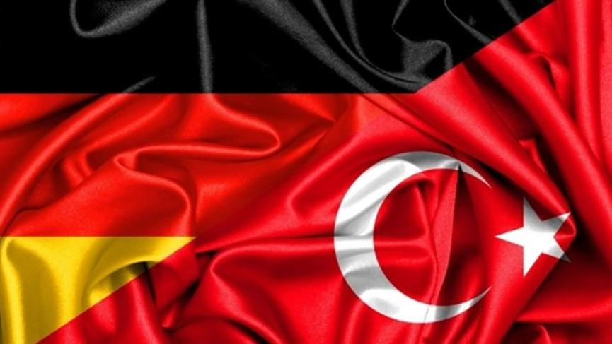 Cumhurbaşkanı Erdoğan, konuşma için Almanya'da yer bakıyor