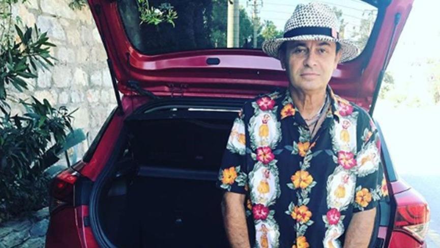 Hadi ipucu sorusu Ayhan Sicimoğlu... Ayhan Sicimoğlu televizyonda hangi tür programlarıyla ünlü?