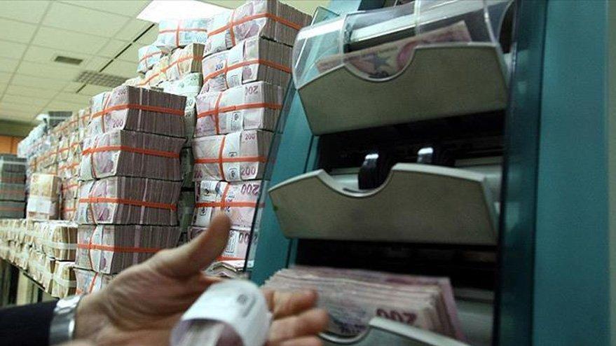 Antalya'da banka müdüründen 100 milyon TL'lik vurgun iddiası! Her yerde aranıyor