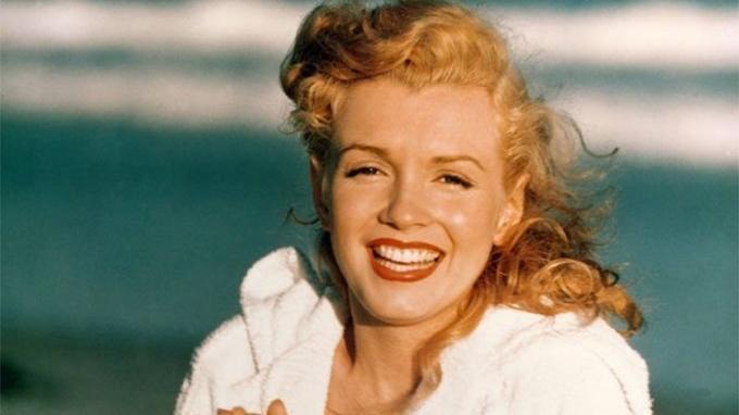 Marilyn Monroe'nun arabası satışa çıkıyor… İşte, fiyatı…