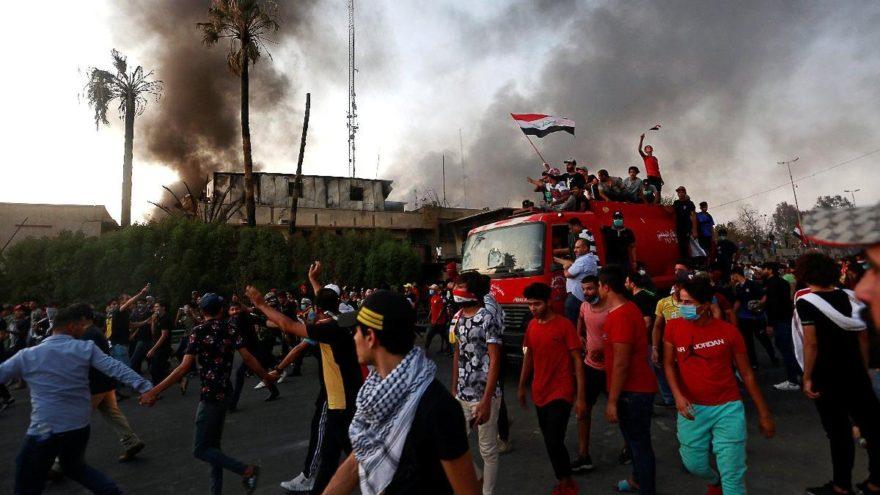 Basra'da tansiyon bir türlü düşmüyor… Ölü sayısı 20'yi aştı
