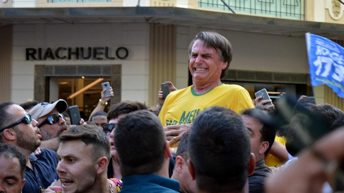 Brezilya'da sağcı aday bıçaklandı
