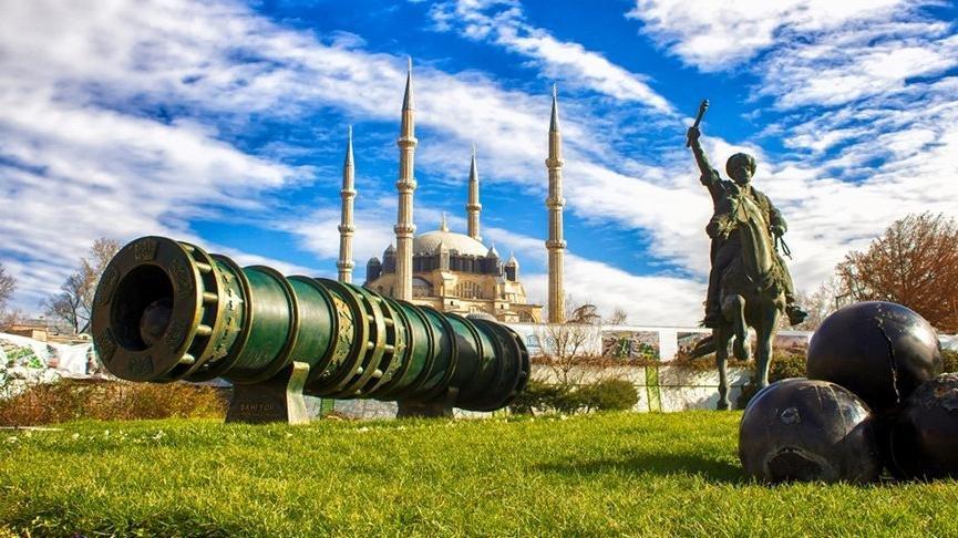 Edirne gezilecek yerler: 17. yüzyılda Avrupa'nın en büyük şehirlerinden olan Edirne gezi rehberi…