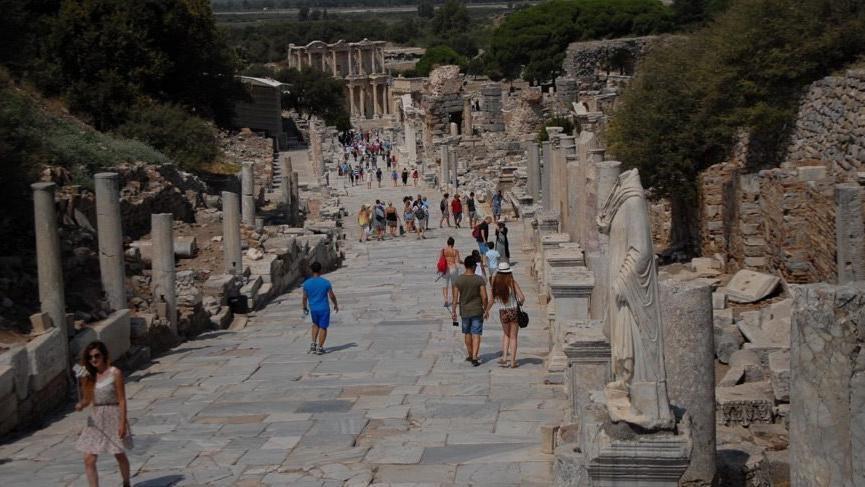 Turizm okullarda seçmeli ders olacak