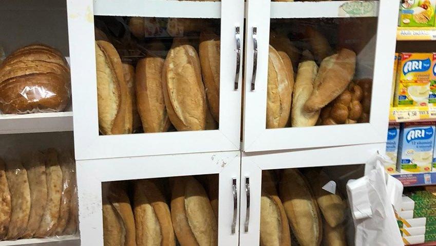2018 Türkiye'sinde tekli ekmek sat(a)mayan bir bakkal…