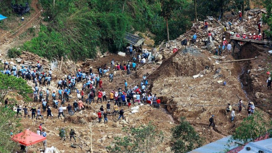 Mangkhut yıktı geçti… Ölü sayısı 81'e yükseldi