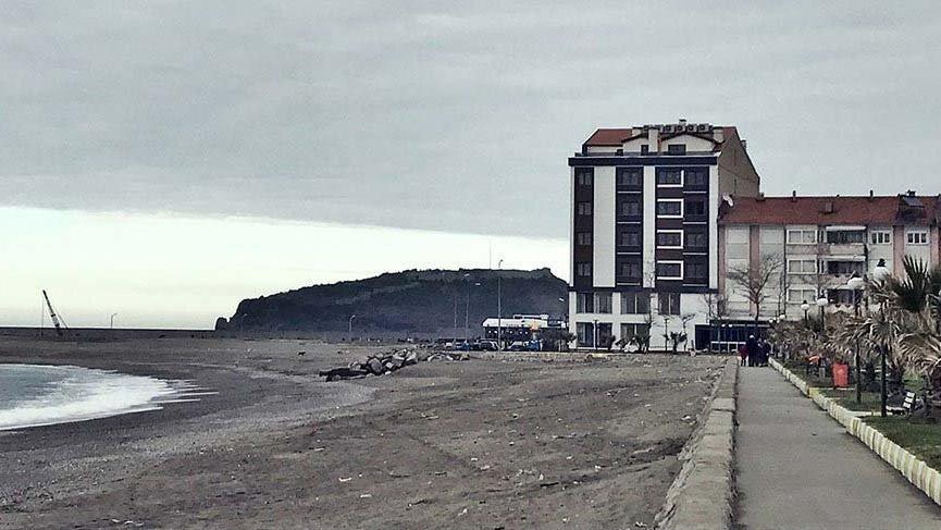 Filyos Belediye Başkanına ait binanın 2 katı kaçak çıktı