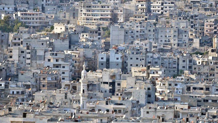 İdlib'de yine bomba sesleri… Okulu hedef aldılar